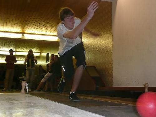 christian-bowling.JPG
